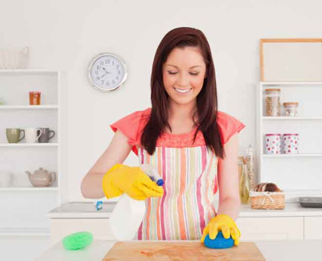 know how to clean cutting board main