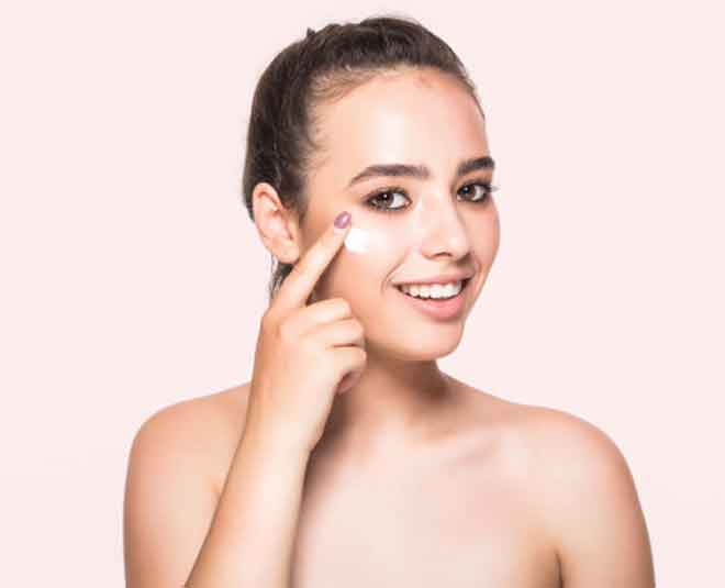 right way of apply eye cream beauty