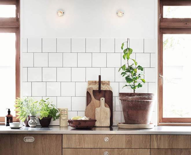 tips to use wooden board in the kitchen