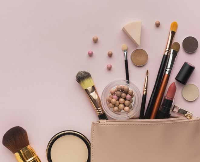 beauty makeup brush and sponge