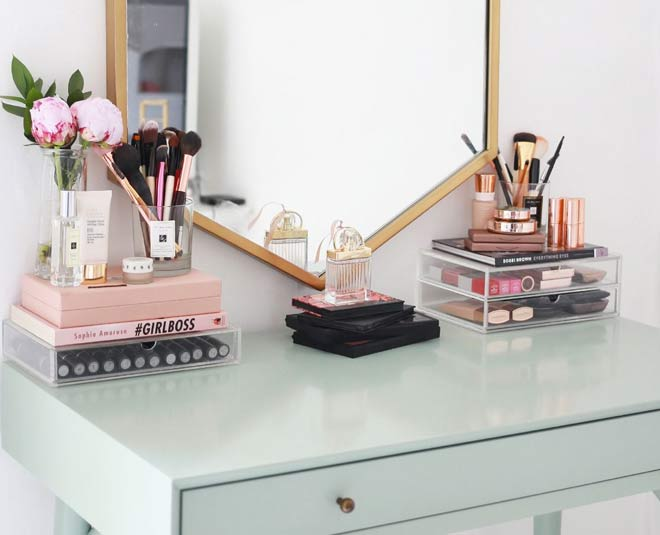 decorate and organise dressing table main
