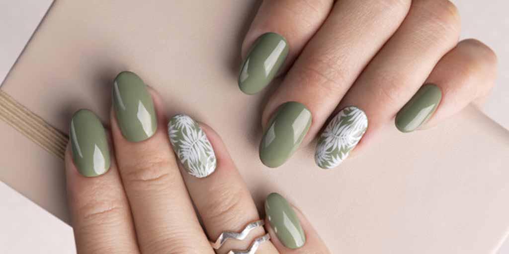 घर पर Gel Manicure रिमूव करते समय इन बातों का रखें ध्यान