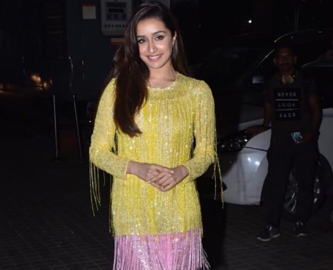shraddha kapoor short dress TIPS