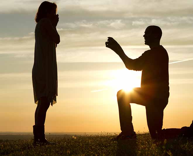 assure you that your husband in love with you Inside tips for strong bonding of couple