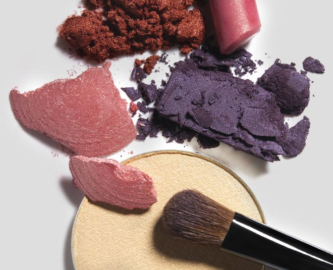 how you can properly sanitize your makeup TIPS