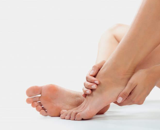 FOOT M
