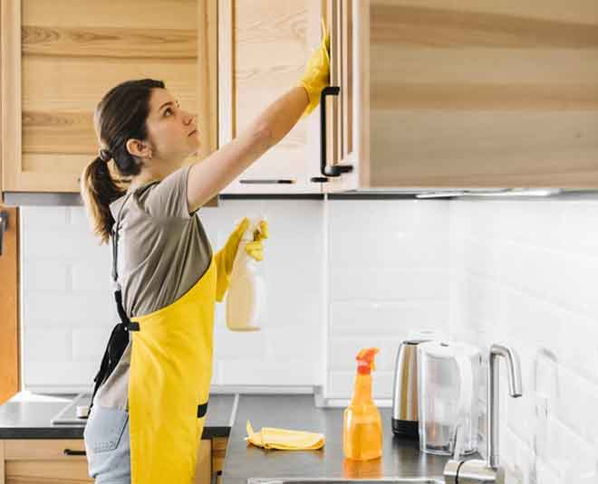 best tips for kitchen window cleaninf