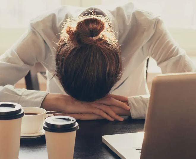 overcome sleepiness and tiredness after eating food tips