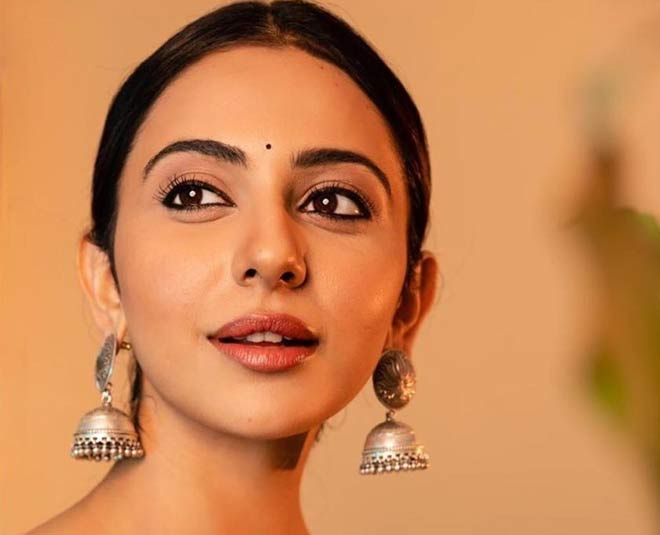 rakulpreet earrings main