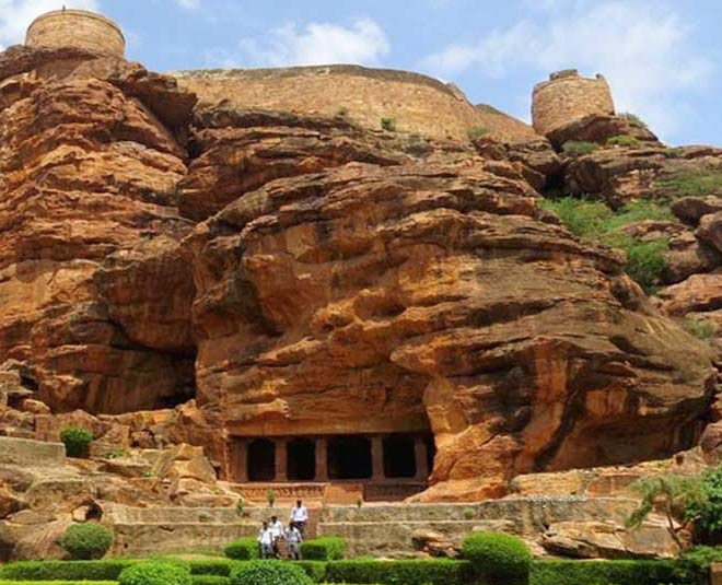 about mysterious caves in india