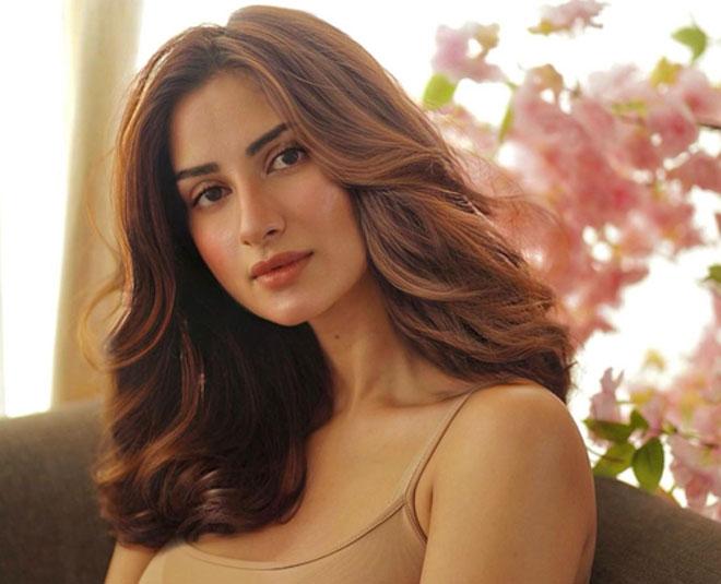 diksha singh beauty queen politics