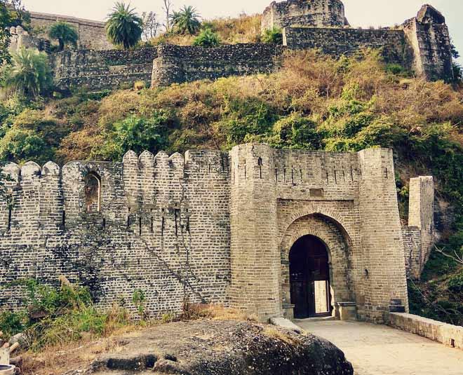 main, dharamshala best place