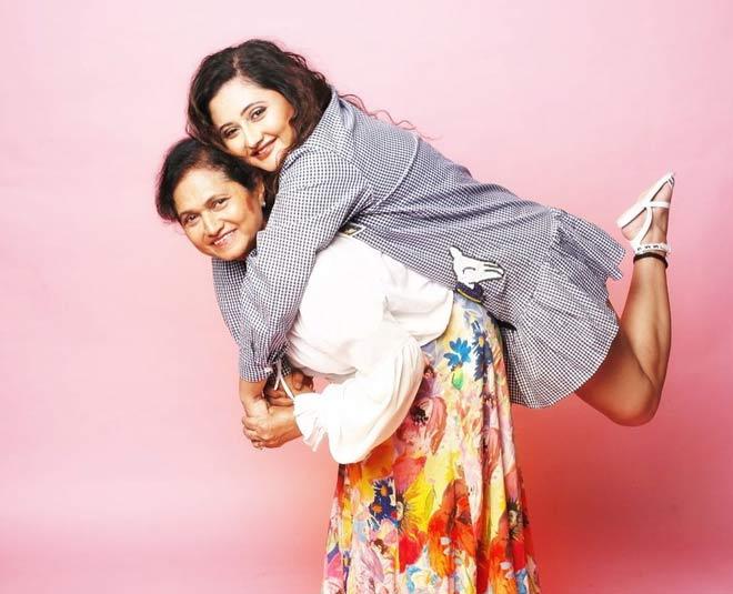 rashami with her mother rasila desai