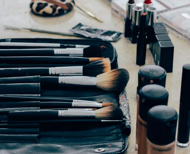 you must have these makeup brushesmain