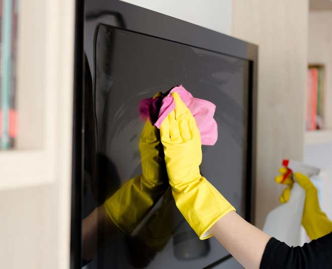 tips to clean tv screen easy ways