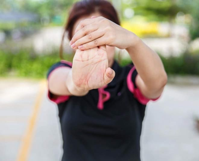 wrist and hand stretches for strength