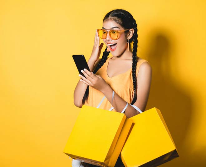 Signs ToIf You're An Online Shopaholic