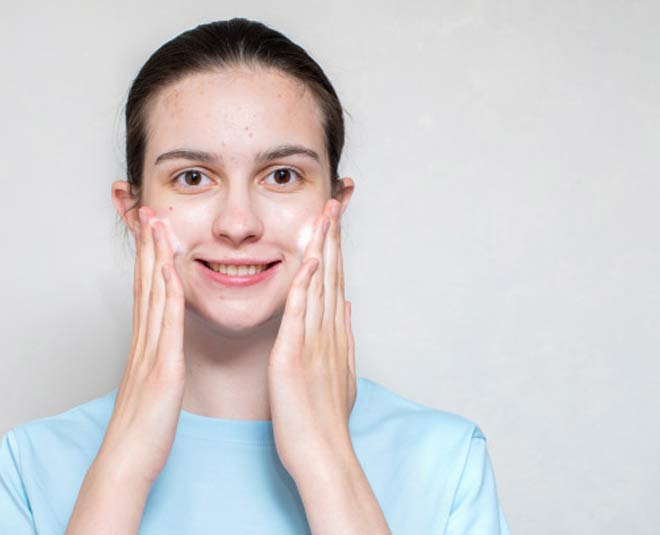acne prone skin best natural face washes