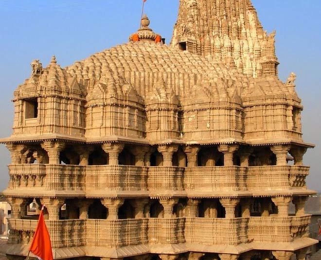 some interesting facts about dwarkadhish temple