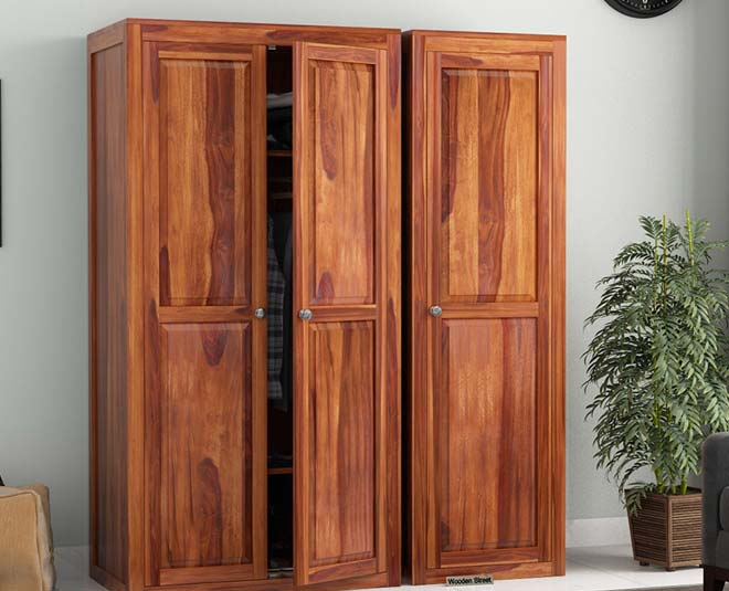 tips to clean wooden wardrobe