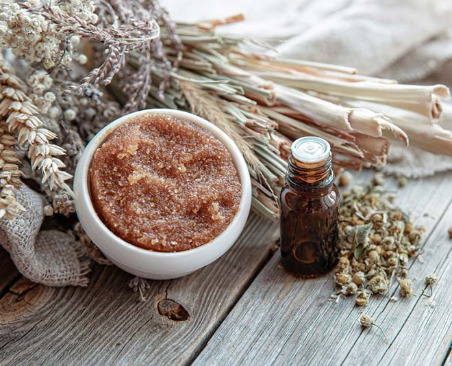 Sugar Body Scrub And Body Polishing in hindi