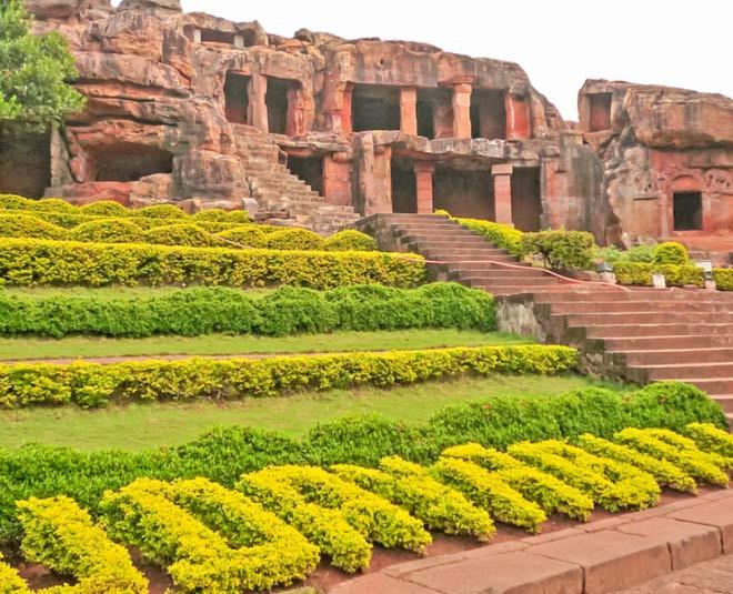 know history of udayagiri and khandagiri caves in odisha