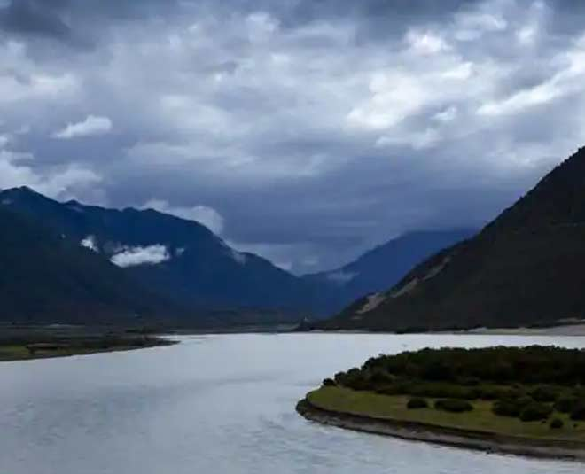 longest and holy bhramhaputra rivers in india inside