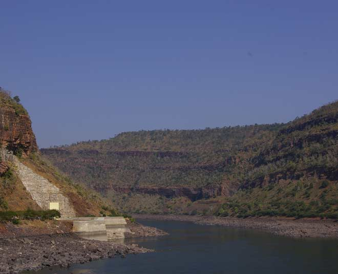 longest and holy krishna rivers in india inside