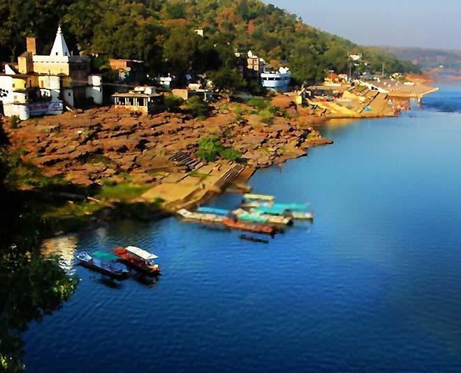 places to visit in  omkareshwar