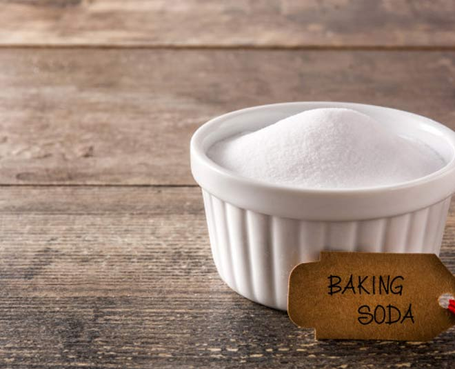 baking soda with water hand itching