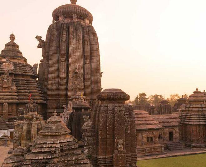 bhubaneswar lingaraja temple www.worldcreativities.com