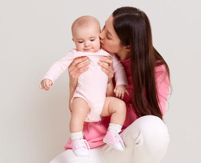 control hair fall breastfeeding main