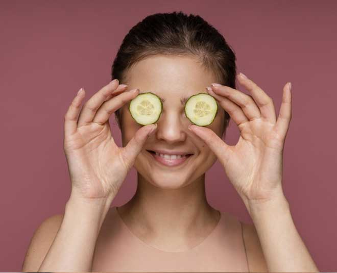 cucumber for eyes main