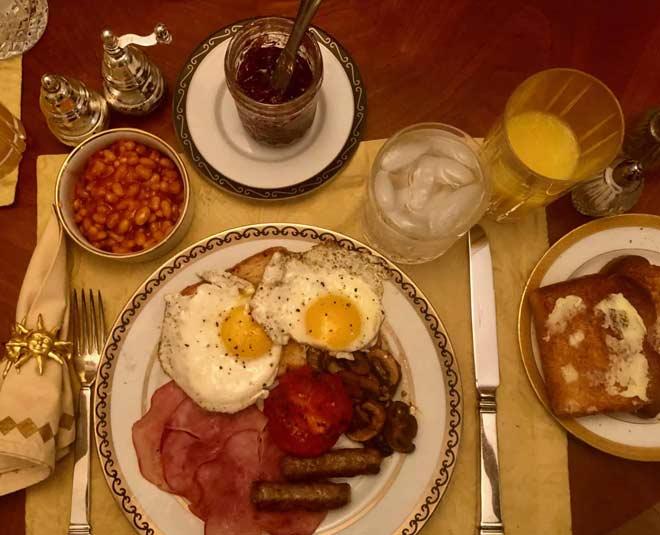 english breakfast set table main