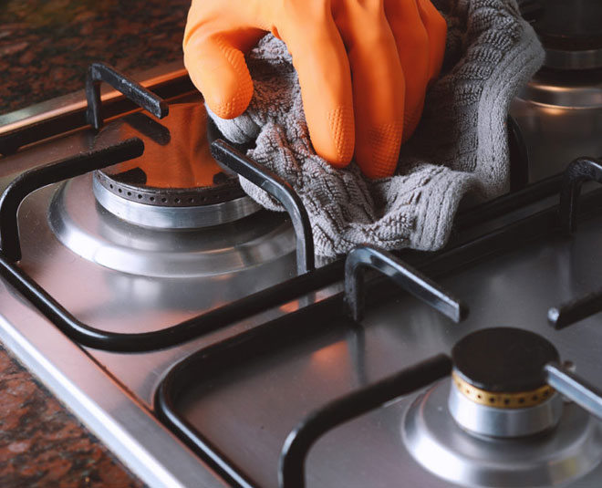 how to clean gas burnersm