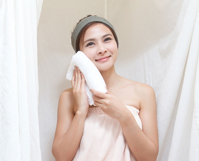 how to steam face without steamer