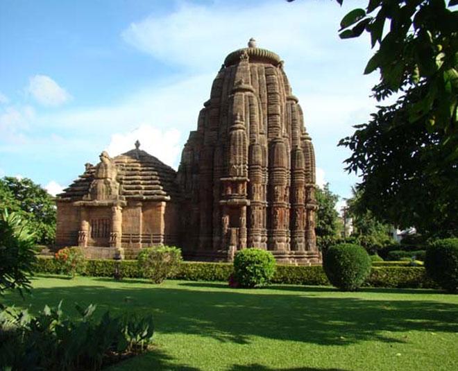 rajrani mandir in bhubaneswar www.worldcreativities.com