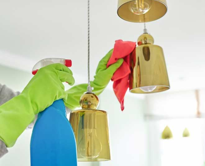 tips to clean chandelier