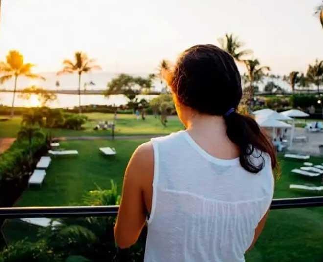 women hotel main