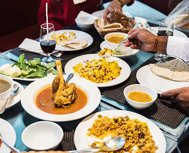 Popular Indian Curries You Must Try With