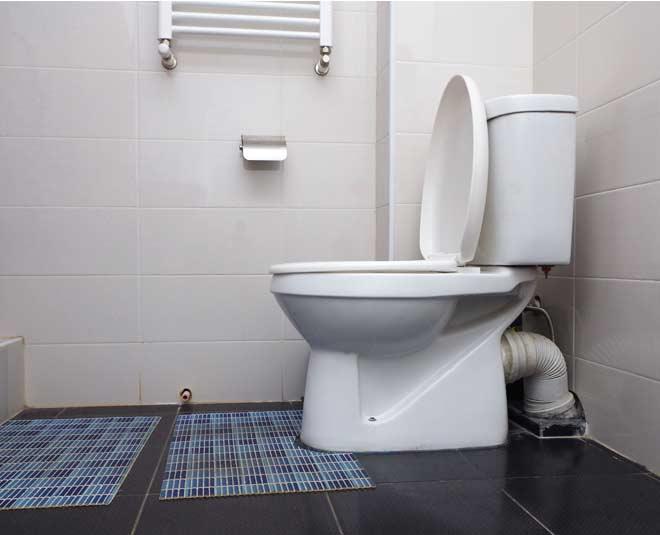 how to open blocked toilet drain tips