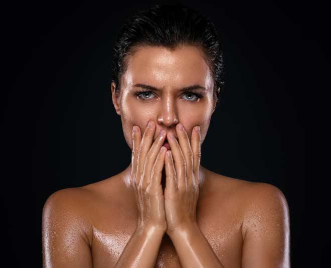 oily skin myths main