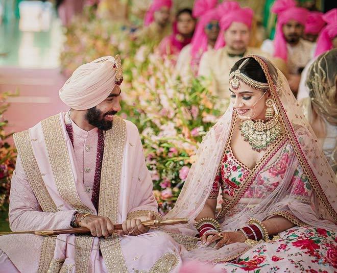 sanjana ganesan marries cricketer jasprit bumrah about