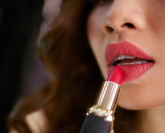 easy tips to make lipstick last for longer period of time