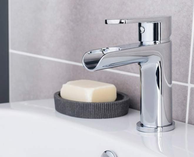 how to clean bathroom taps home remedies
