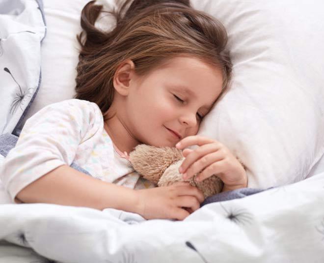 pillow in kid www.worldcreativities.com